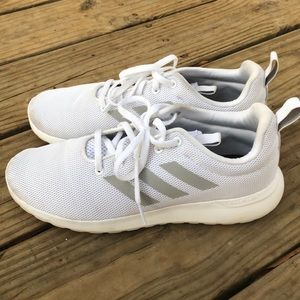 adidas Shoes - Adidas tennis shoes 🖤